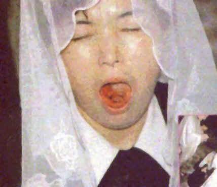 Živé srdce Ježiša, na ktoré sa v ústach Júlie Kimovej premenila konsekrovaná sv. Hostia