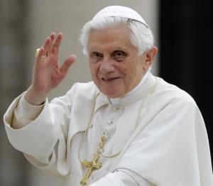 Uzdravený Benediktom XVI. (?) chce byť katolíckym kňazom, stretnutie v Litmanovej
