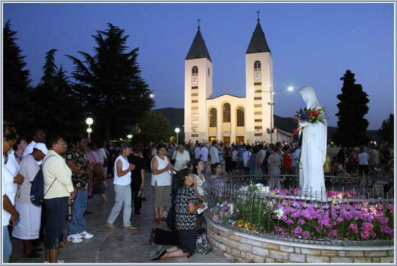 Kráľovná pokoja, Medžugorie, 25. decembra 2013: Rozhodnite sa pre Ježiša